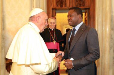Faure Gnassingbe et le pape François comme messagers de la paix