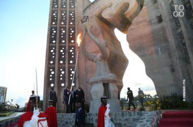 Flamme du souvenir et de l espoir independance togo