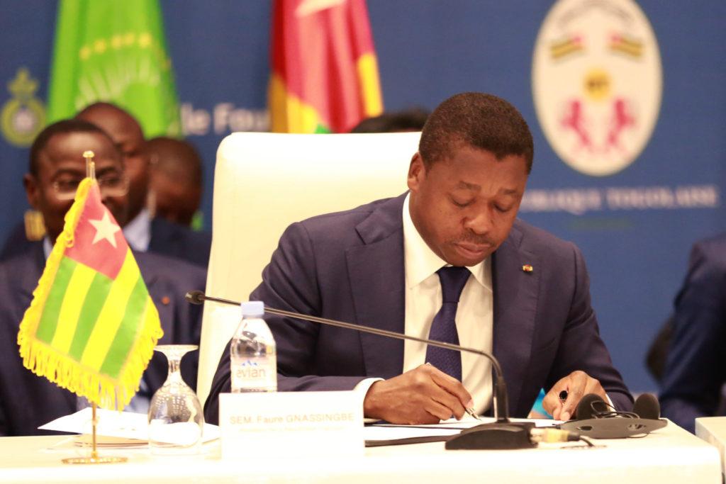 SEM le president togolais faure gnassingbe au sommet de lome 2020 faux medicaments