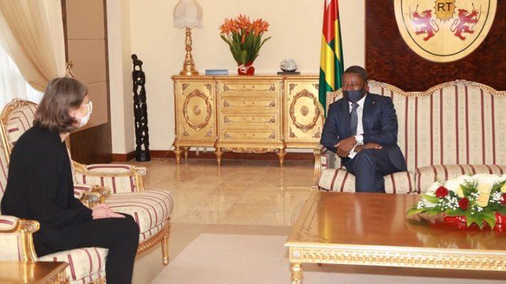 diplomatie faure gnassingbe recoit les lettres creance du nouvel ambassadeur de France Jocelyne Caballero